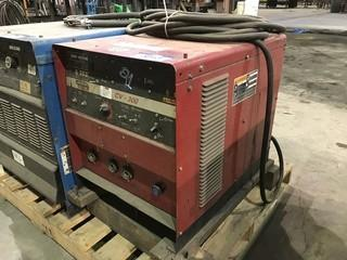 Lincoln Electric CV-300 Welder